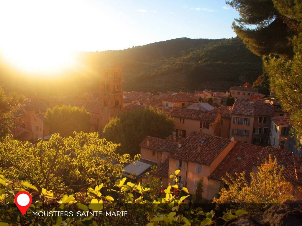 Afternoon, Moustiers-Sainte-Marie, France