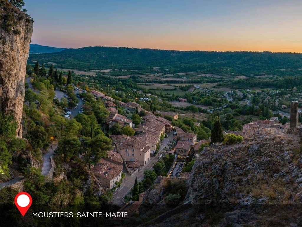 Night, Moustiers-Sainte-Marie, France